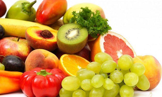 Recomiendan aumentar la ingesta de frutas y verduras en verano