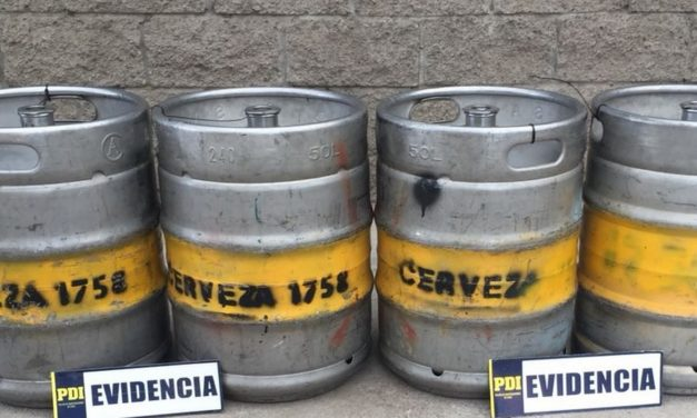 Sujetos intentaban vender barriles de cerveza robados en Machalí