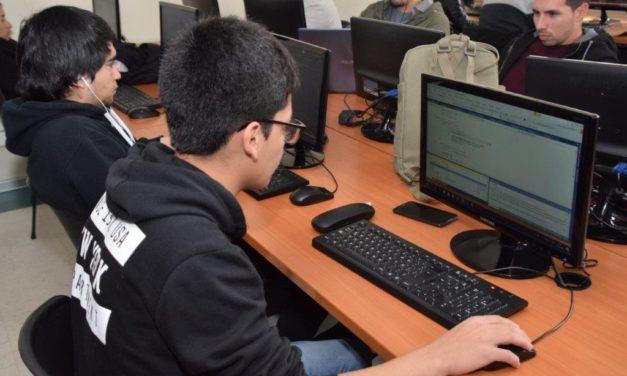 Talleres gratuitos para interesados en el área Informática
