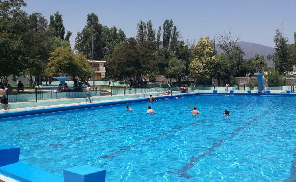 Este domingo cierra la piscina de Machalí