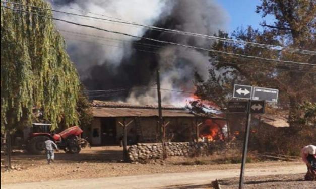 Incendio afectó a fundo de Comunidad Bravo en Machalí