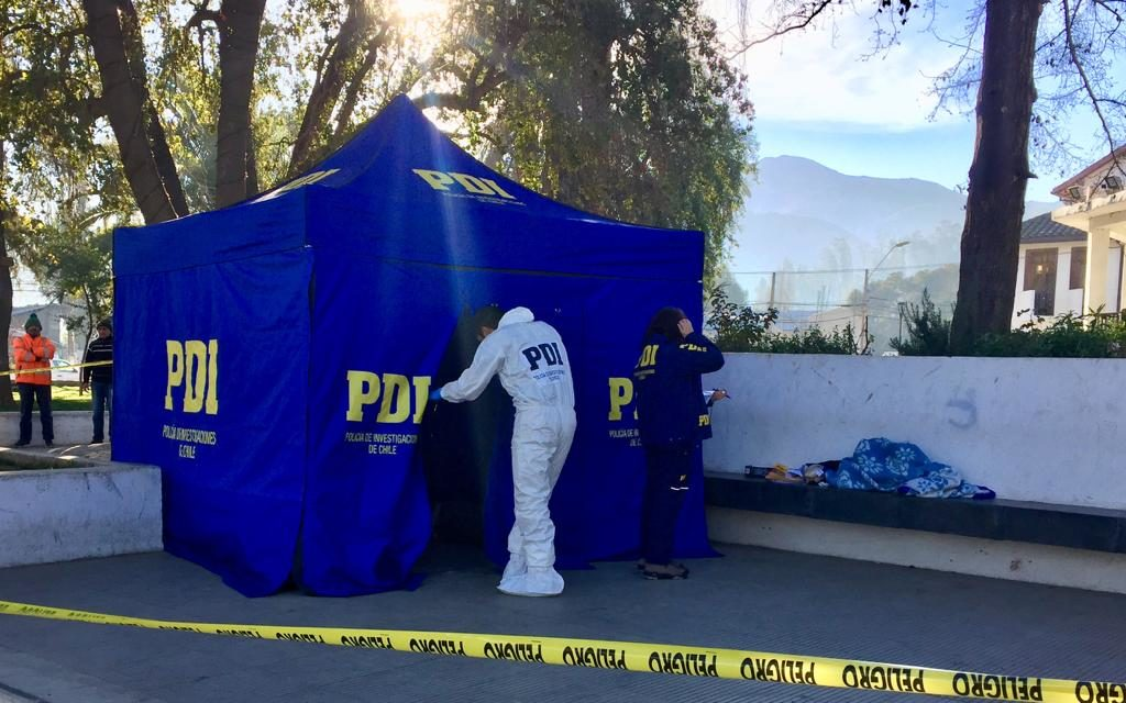Investigan muerte de adulto mayor en Plaza de Machali