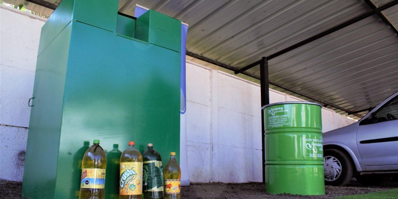 Inauguran puntos de reciclaje de aceite vegetal usado en Machalí
